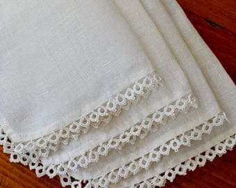 Vintage Linen Napkins Tatting Tatted Crochet Trim 4 Cocktail Lunch White Cloth