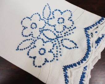 Huck Towel Hand Embroidered Flowers Crocheted Edging 17 x 29 Vintage White and Blue