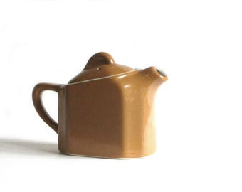 Hall Individual Teapot Golden Brown Hot Water Pot Vitrified China Tea For One Restaurant Ware USA