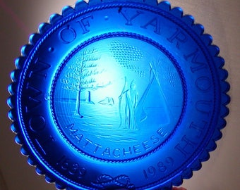"Vintage Mini Sandwich Glass Cup Plate 3-1/2"" Town of Yarmouth 1639-1989 Cobalt B"