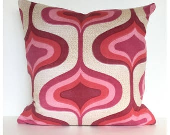 "Vintage Retro 70s Pink Psychedelic Cushion Cover 16"" x 16"""
