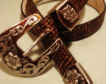 Vintage 1990s Boho Gypsy Chic Red Tan Leather Belt with Flower Accent Buckle