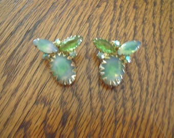 Green clip on earrings