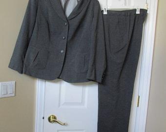 Pant Suit, Blazer / JACKET & PANTS plus 16W lined suit charcoal gray John Meyer of Norwich