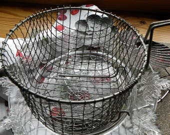 Antique French Bakery Fine Wire Worked Deep Appetizer Serving, Cooking Basket for Parties, Donuts, Veggies, Etc No Rust or Blackened Grease