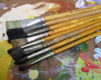 Vintage Lot of Paint Brushes, 8 Artist Brushes, Natural Bristle Brushes