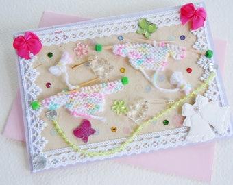 Carte Félicitations Naissance Bébé Jumelles ou Anniversaire Premier Age Filles Jumelles - Les Petits Pulls - Création artiste, pièce unique