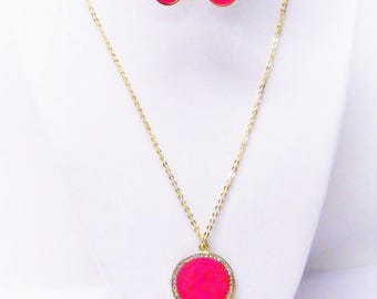 Round Hot Pink on Gold Plated Bezel Pendant Necklace/Earrings Set
