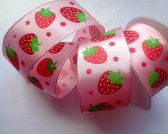 Wired Strawberry Field Ribbon, Pink, 1 1/2 inch wide, 1 yard, For Gift Packing, Wreaths, Center Pieces, Home Decor, Romantic Crafts.