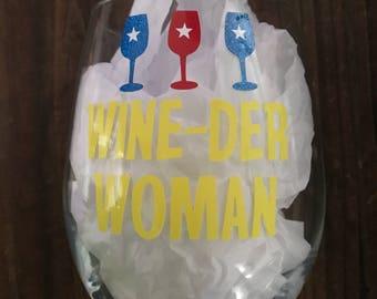 Wine der woman wine glass, Wonder Woman