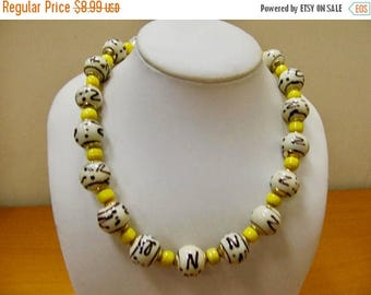 ON SALE Vintage Art Glass Beaded Necklace Item K # 1543