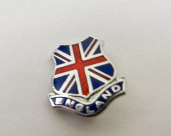 ON SALE Vintage Enameled England Shield Pin Item K # 714