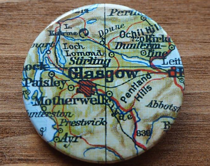 Pinback Button, Glasgow, Ø 1.5 Inch Badge, Atlas, Travel, vintage, fun, typography, whimsical