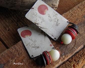 Bohemian earrings-vintage-Japanese print pendant-nomadic spirit-Asian style-rustic earrings-ethnic style-bohemian look-ivory-red coral-black