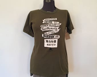 Vintage 1981 MASH T-shirt / SM/Med/Large / Vintage Mash