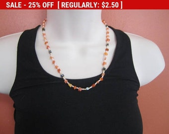 vintage shell bead choker necklace, vintage, retro