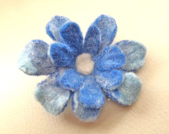Brooch: blue flower with Center white Merino Wool felted by hand
