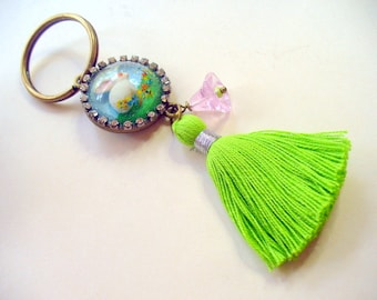 Bunny Keychain, Easter Bunny, Rhinestones Keychain, White Bunny Keychain, Tassel Keychain, Key Fob, Purse Accessory, Real Dry Flowers