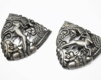 Pewter Shoe clips - Art Nouveau -Oak leaves acorn Leaf - Gazell - Gray metal open work repousse -Vintage Dress Clip - Fur clip