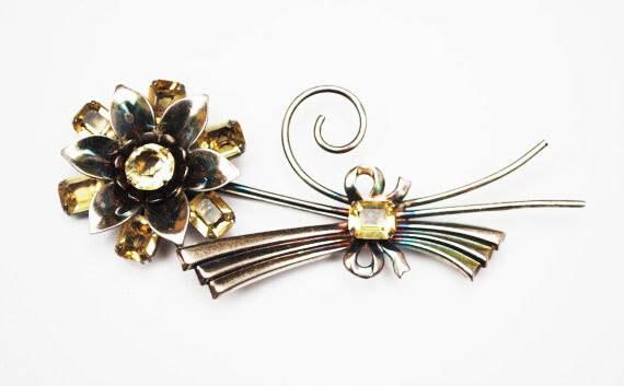 Sterling Flower Brooch - Yellow rhinestone - Art Deco - Silver Floral pin