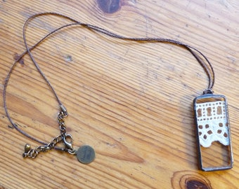 Rectangle pendant - 32 - antique lace and glass