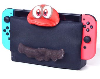CAPtured - Nintendo Switch dock cover / dock sock