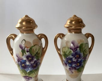 Salt & Pepper Shakers / Vintage Ceramic Painted Flowers Salt and Pepper Shakers Gold Trim 1930's by Tolpin Art Studios