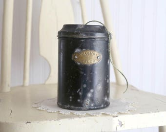 Vintage String Dispenser, Tin String Holder, Yarn Dispenser, Vintage Tin for String, Primitive Black Tin Can, Rustic Farmhouse Decor
