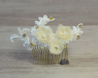 Bridal Hair comb Ivory lace organza flowers hair comb Bridal headpiece Bridal Flower wedding hair accessory wedding headpiece Lace Hair clip