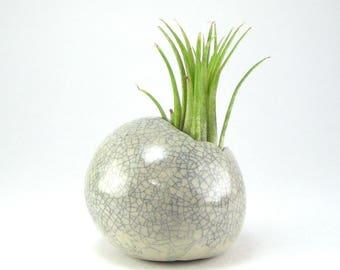 Crackled Mini Planter, Small White Round Pot, Air Plant Pod, Pinch Pot Planter Small Ceramic Ball Planter, Miniature Kusamono 09-16-111