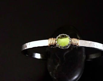 Genuine Peridot Cuff Bracelet / August Birthstone Gift for Wife / Genuine Peridot Sterling Silver Cuff for Mom / 14k Gold Filled Peridot