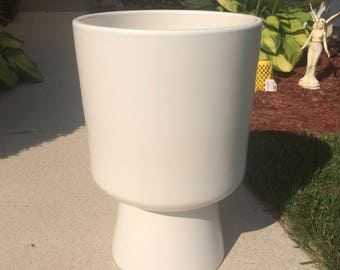 Malcolm Leland Chalice Planter for Architectural Pottery