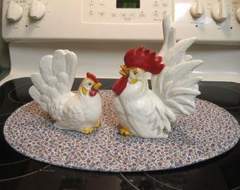 Vintage set of Rooster & Hen 1940,s