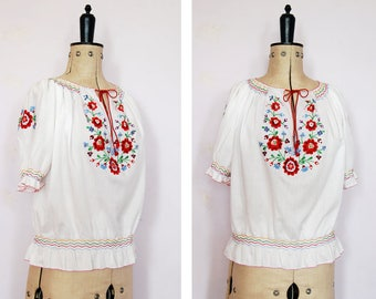 Vintage 1960s 70s 30s embroidered Hungarian blouse - 70s Peasant blouse - Hungarian top - Peasant top - Folk blouse - Gypsy blouse - Boho