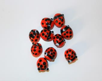 10 glass ladybird beads for jewellery making