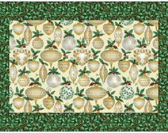 Elegant Ornaments 4 Placemats & Napkins - Pattern Only