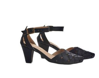 Black Sandals, Rose, Black heeled leather sandals