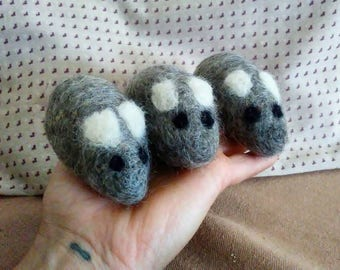 Set of 3 Felted Catnip Mice