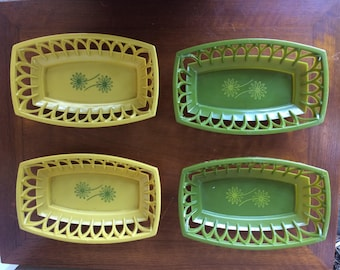 Set of Four Retro Green And Yellow plastic Snack Trays with Flower Motif, 9.5""
