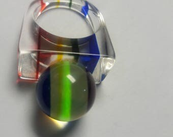Vintage Lucite Ball Ring