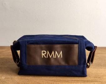 Monogrammed Groomsmen Bag, 1, Mens Travel Bag, Personalized Mens Toiletry Bag, Waxed Canvas Leather Bag, Groomsmen Gift, Grooms Wedding Gift