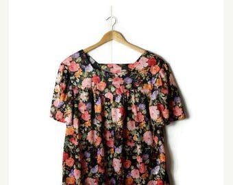 ON SALE Vintage Floral printed Short Sleeve Slouchy Tunic/Blouse from 1970's