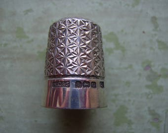 Vintage Thimble Sterling Silver Circa 1930's.