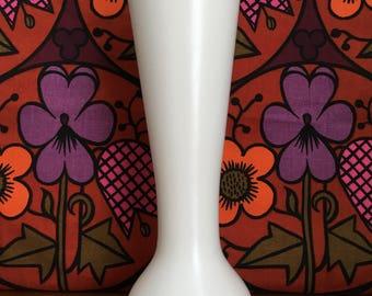 Sylvac cream ware vase 3067