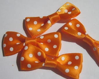 4 nodes colored polka-dot fabric satin 34 mm approx (A17)