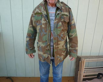 Vintage US Military Issue Field Jacket/Camo Cold Weather Coat