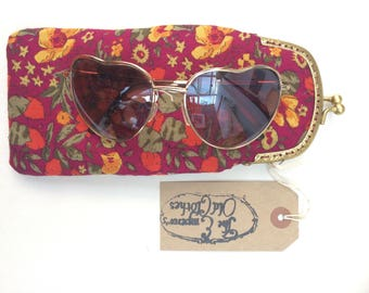 Magenta Pink Floral Print Cotton Glasses Case with Gold Snap Fastening.
