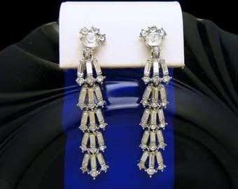 Stunning Vintage Crown Trifari Rhinestone Baguettes Dangle Earrings