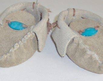 Brown Leather Baby Moccasins with MOP,  Hand Crafted First infant Moccasins Leather Hand-cut & Sewn