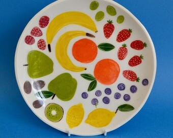 Porcelain Plate // Different Fruits